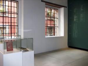 Historias Oficiales—Chalk Window
