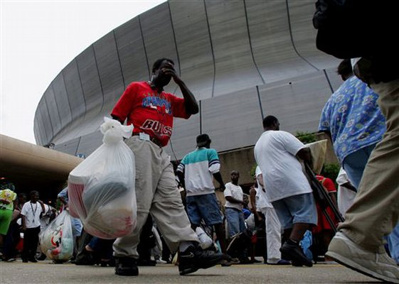 Figure 2. New Orleans residents entering the Superdome. © Dave Martin, AP.