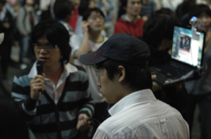 Figure 3. One-Person Reporters. Photo by Kim Yunki.